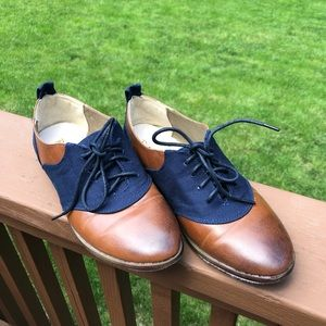 Gorgeous Restricted Oxford Flats